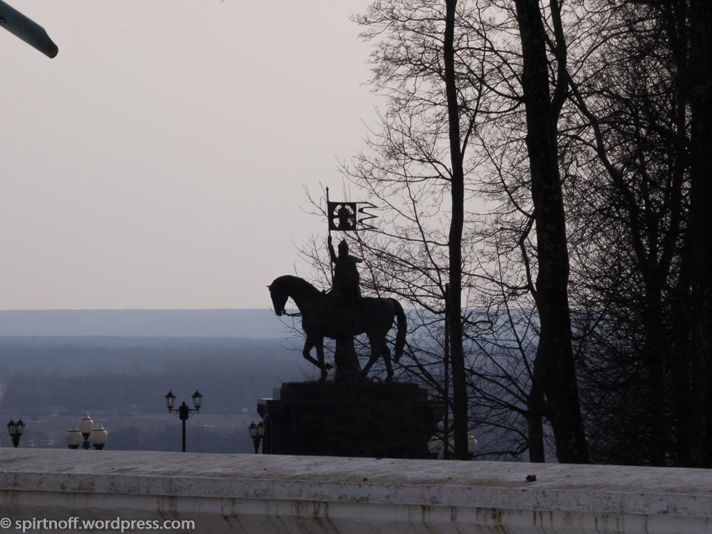 Путешествия  Владимир. Смотровая площадка и Памятник князю Владимиру Красное Солнышко