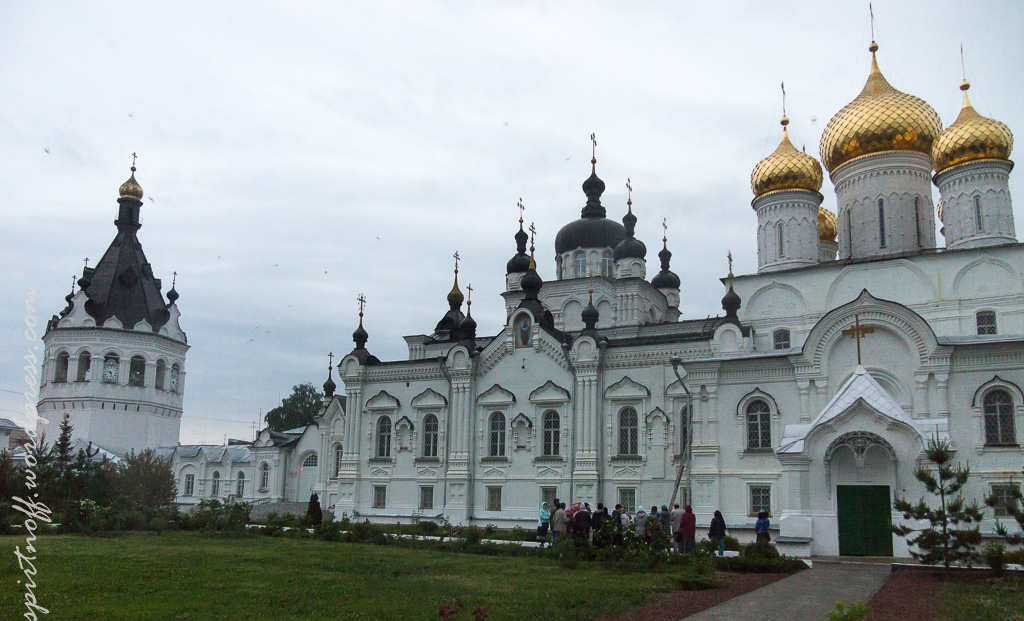 blog-58-1-of-202 Путешествия  Кострома. Ночь