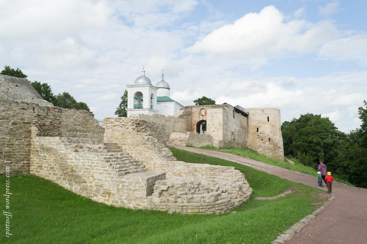 blog-35-of-97-dsc_1904 Путешествия  Изборская крепость
