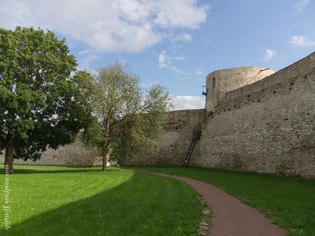 blog-79-of-97-p8086345 Путешествия  Изборская крепость