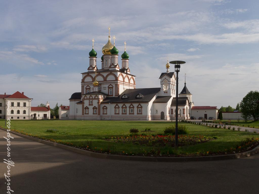 blog-44-of-105 Путешествия  Троице-Сергиев Варницкий монастырь (Варницы)