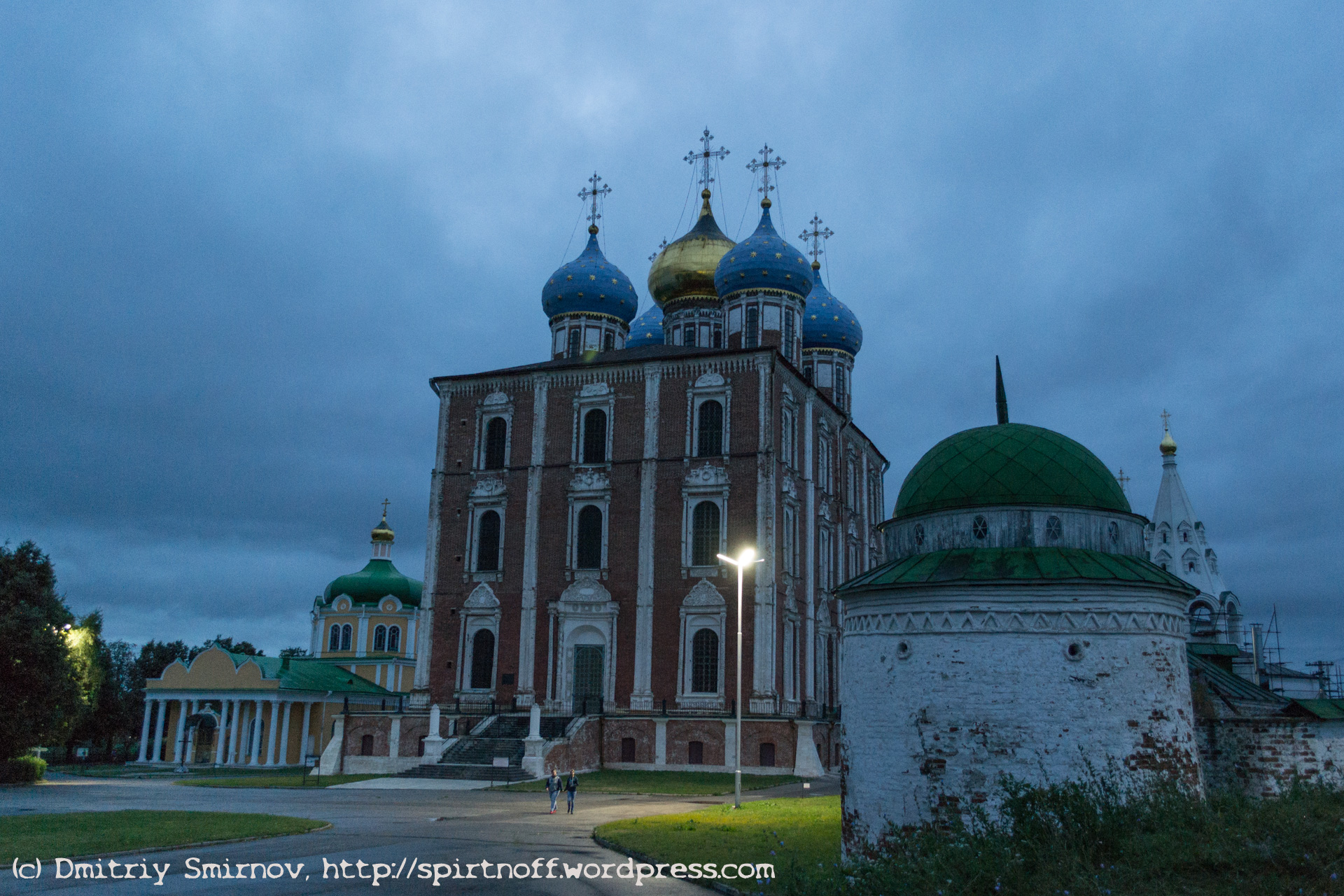 blog-9-of-59 Путешествия  Рязань. Город темных фонарей