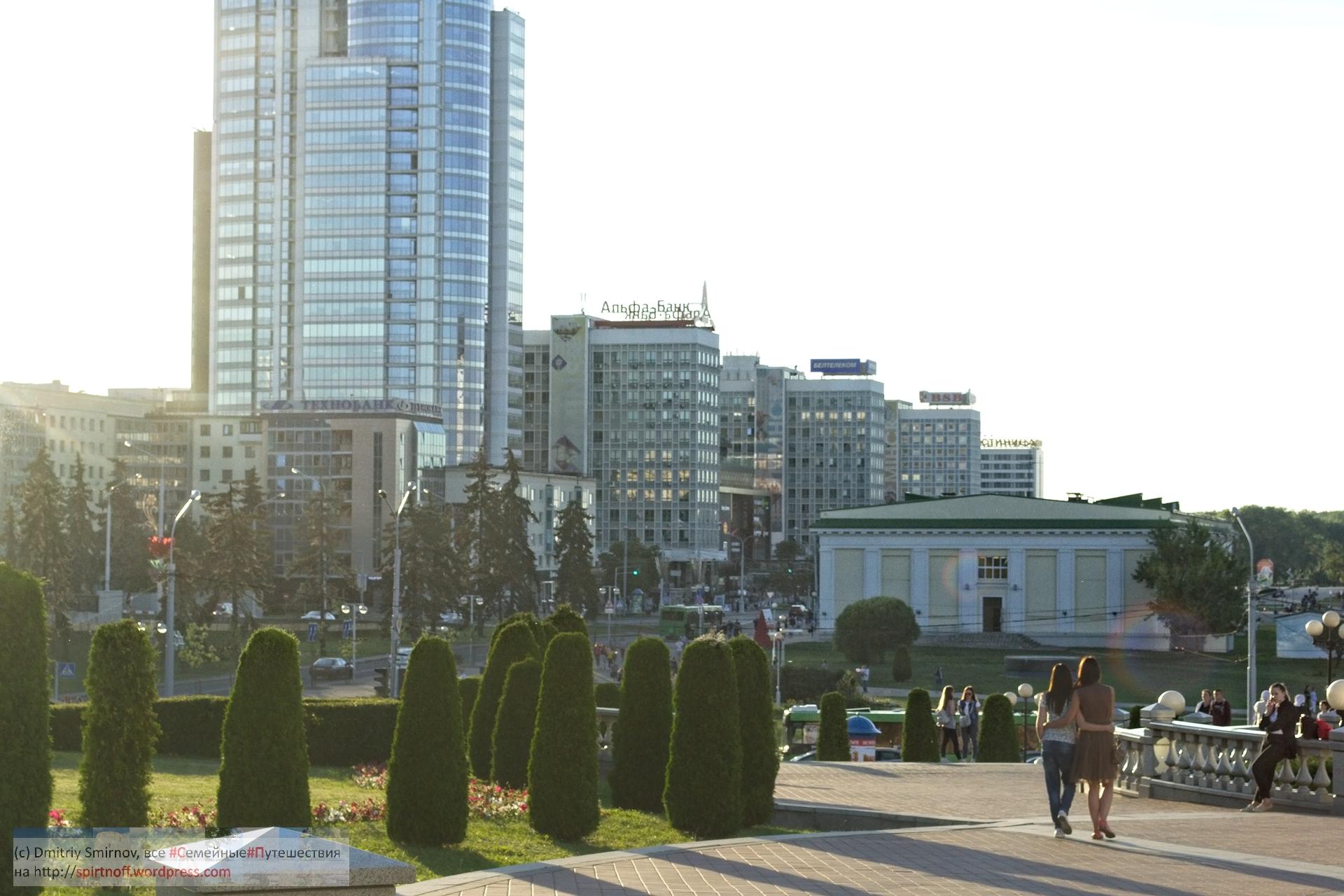 DSC_6921-Blog-31 Путешествия  Минск. Немига, Площадь Независимости