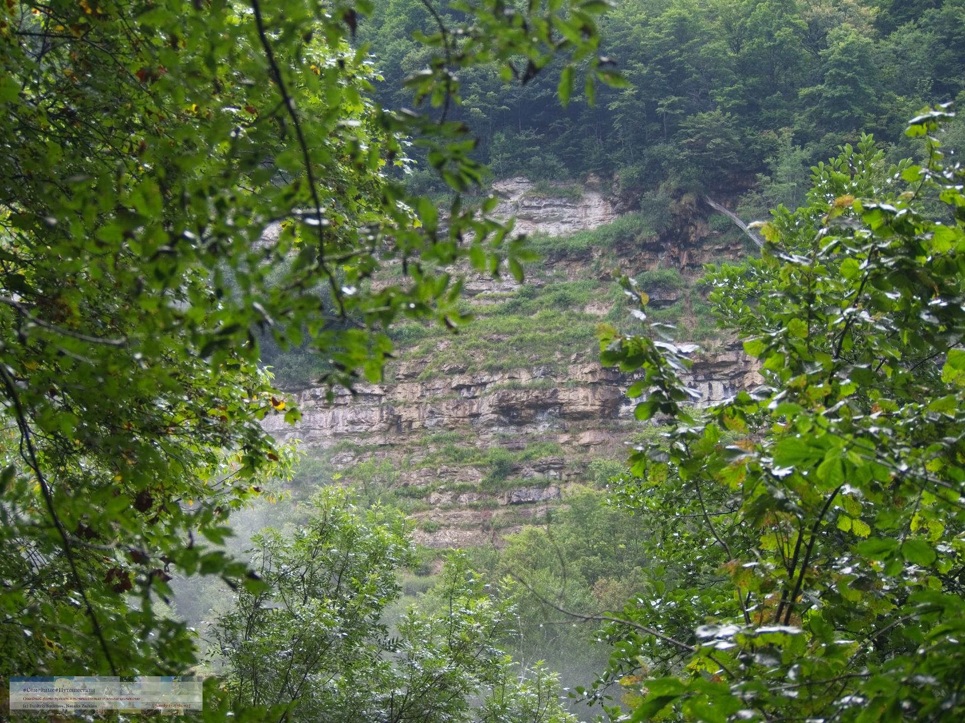 Путешествия  Гуамское Ущелье (трек)