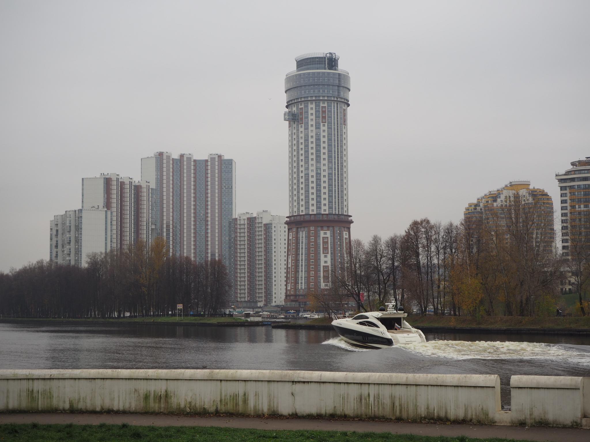 Путешествия  По рекам и каналам